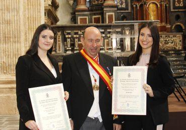 Andrea Serra y Susan Michelle Orellana, reconocidas como colaboradoras de la Muy Ilustre Academia Internacional de Ciencias, Tecnología y Humanidades