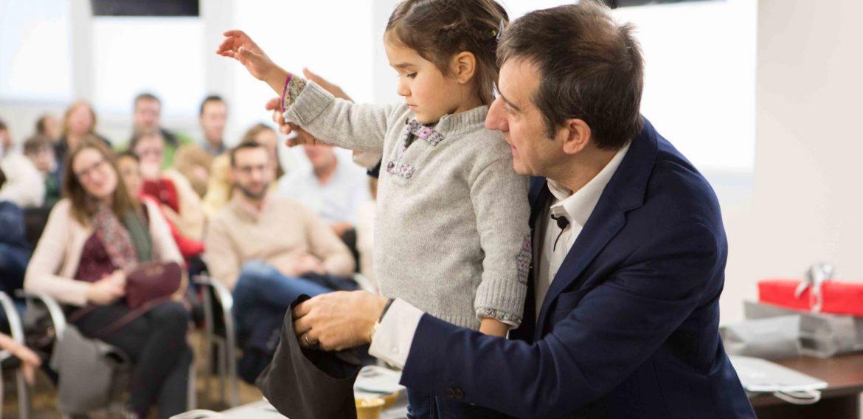 La Institución Protectora de Huérfanos de la Abogacía celebra en ISDE el día de la Magia